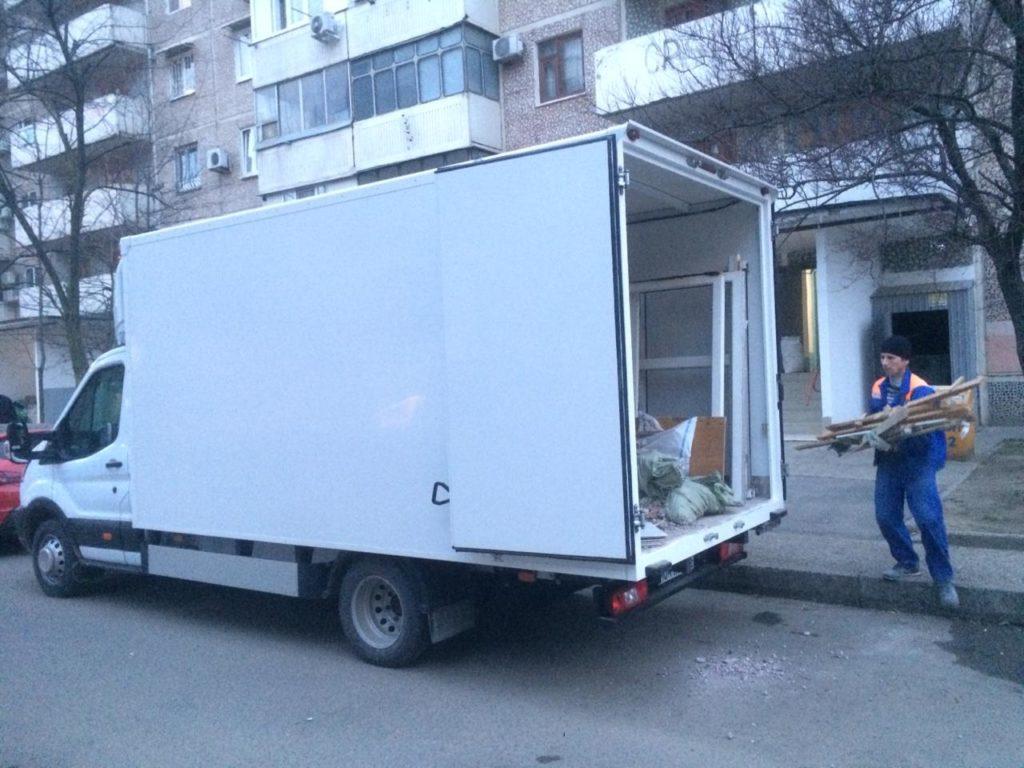 Вывоз мусора после ремонта квартиры